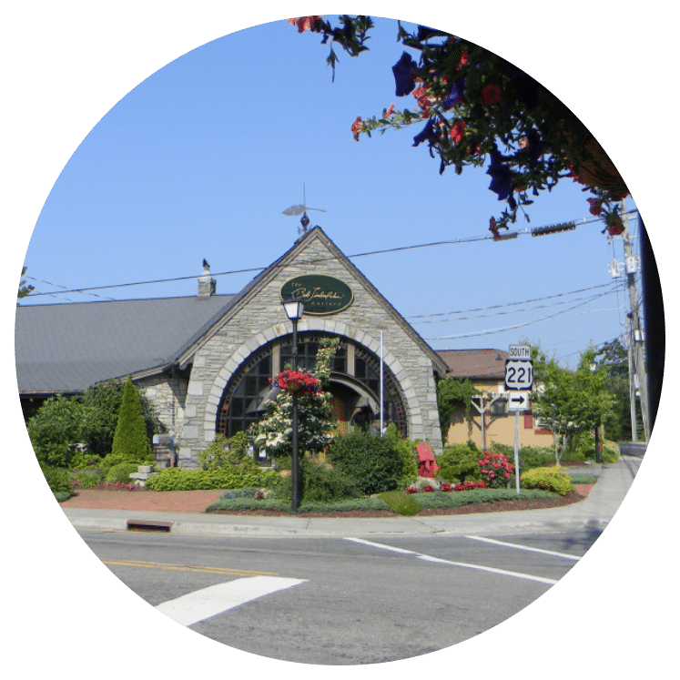 Picturesque Blowing Rock (Image)