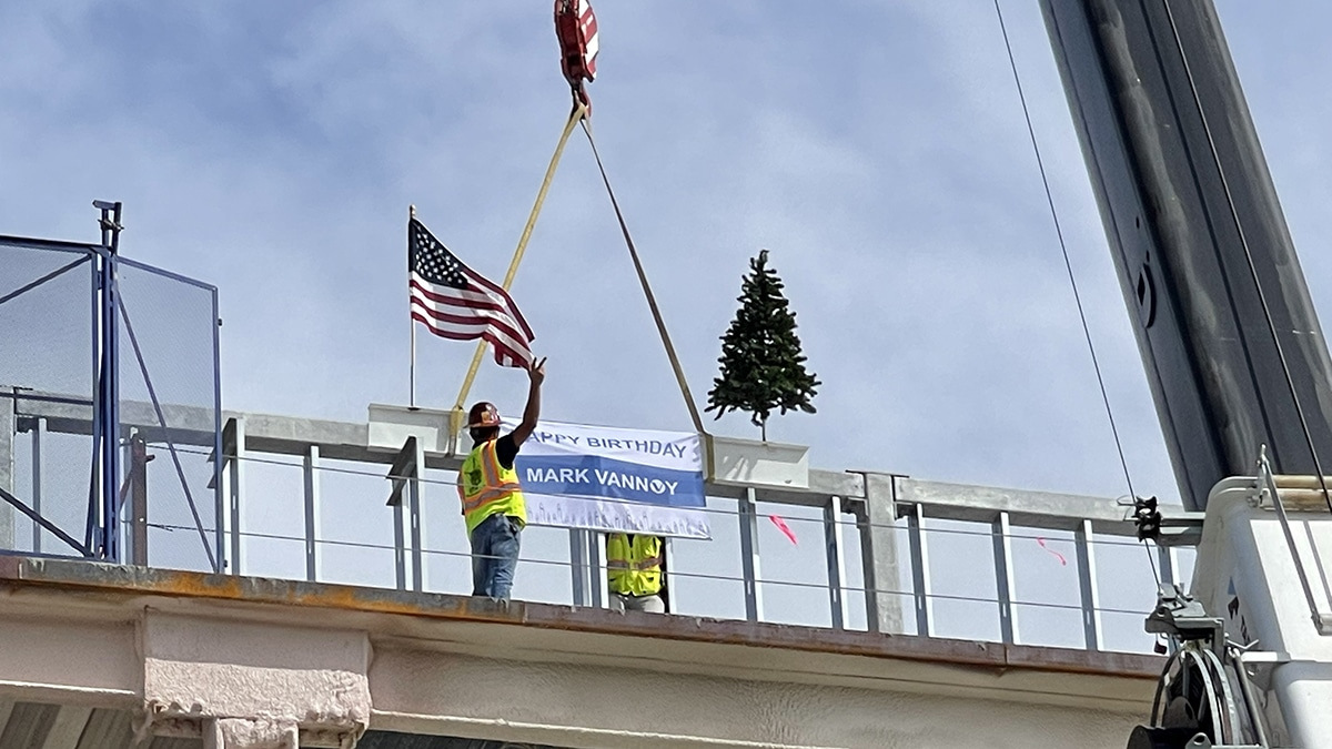 Watauenter Topping Off Ceremony